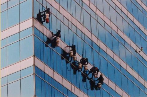 广东大厦外墙清洁翻新