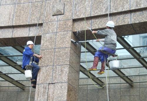 广东高楼外墙玻璃保洁的方案